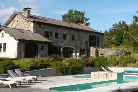 Demeure de 1850  piscine chauffée - Le Chambon-sur-Lignon