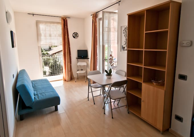 Three-room with large balcony view - Maccagno - Wohnung