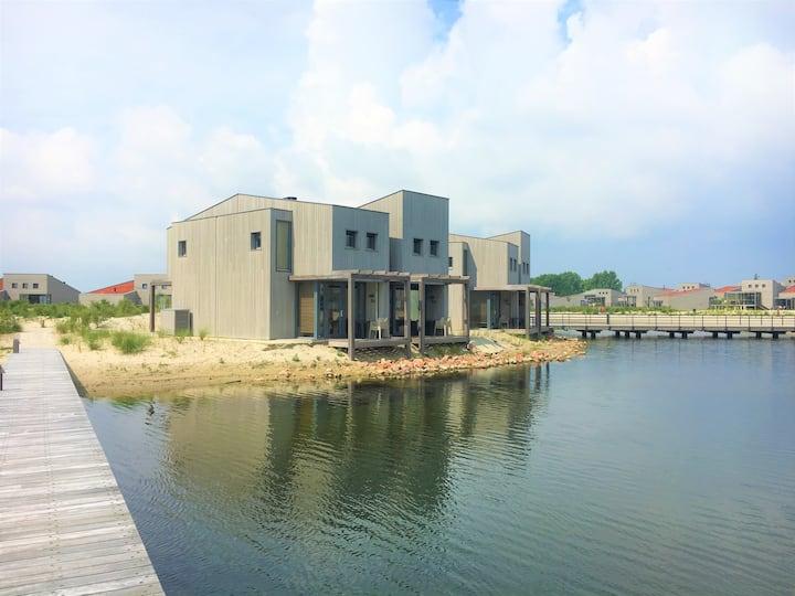 Luxe Hotelstudio Waterfront 2 personen in Ouddorp