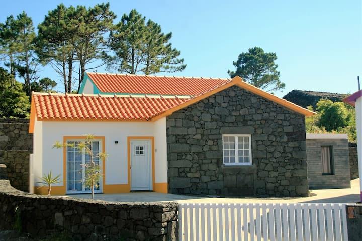 Yes Pico - Casa Amarela