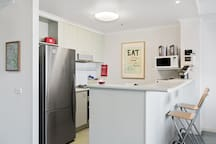 Fully equiped kitchen. New gas cooktop and oven, plus a lavazza pod coffee machine and pods complimentary