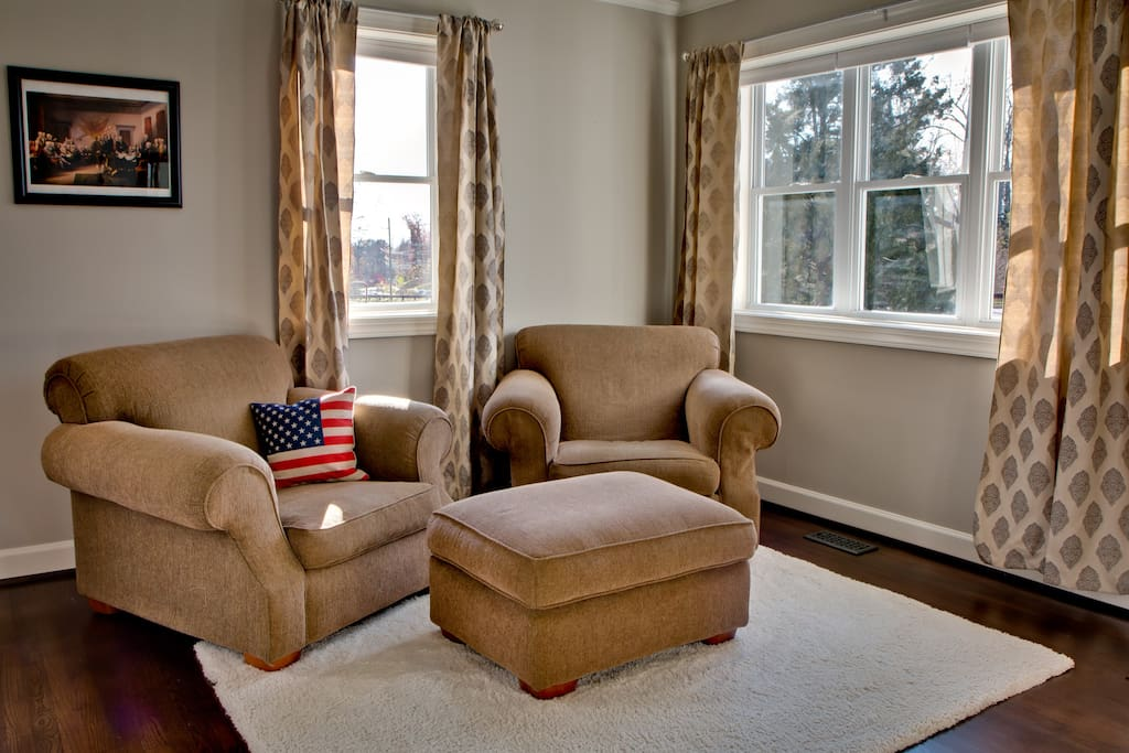 Put your feet up after a long day of sightseeing - Living Room