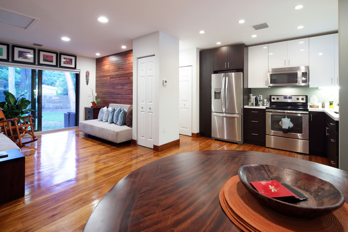 Open and modern layout with direct access to private garden!