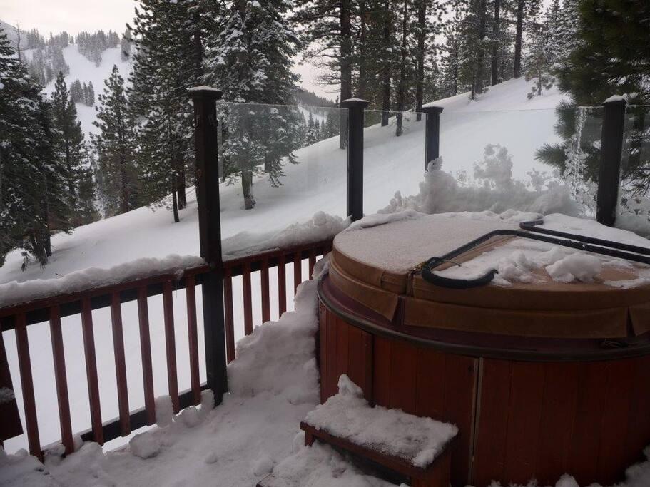 Outside deck looks at Diamond Peak Ski Resort under the stars!