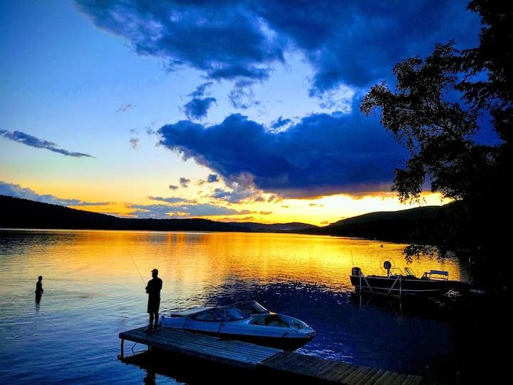 Vita' Bella on Pleasant Lake