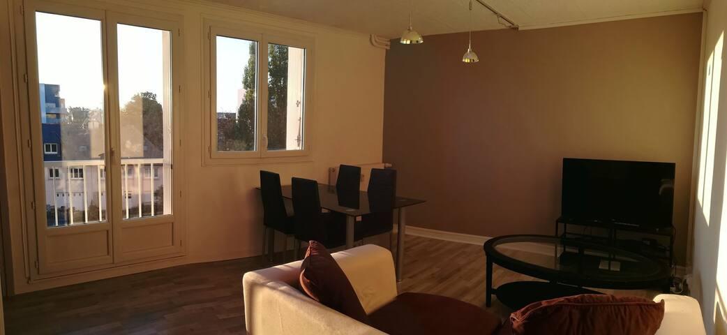Chambre meublée 10m²