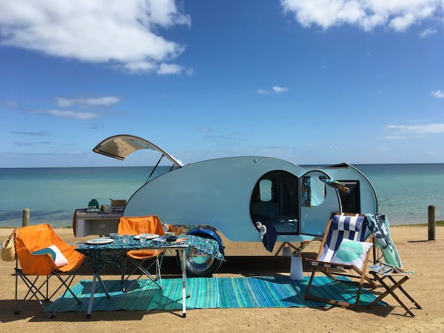 Glamping Getaway in Retro Style - Mount Martha - Autocaravana