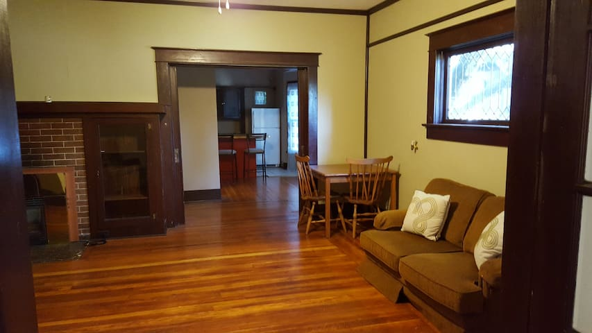 Delightful downtown apartments for rent in corvallis 2 bedroom apartments corvallis