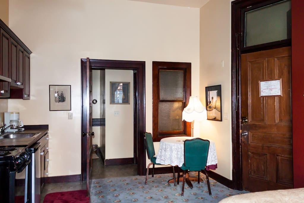 Historic Studio Pioneer Square 301 Apartments For Rent