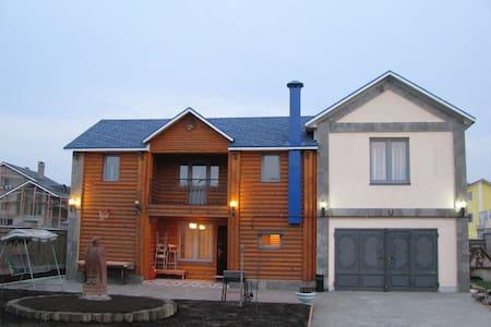 Уютный деревянный дом (есть Сауна!) - Рассказовка