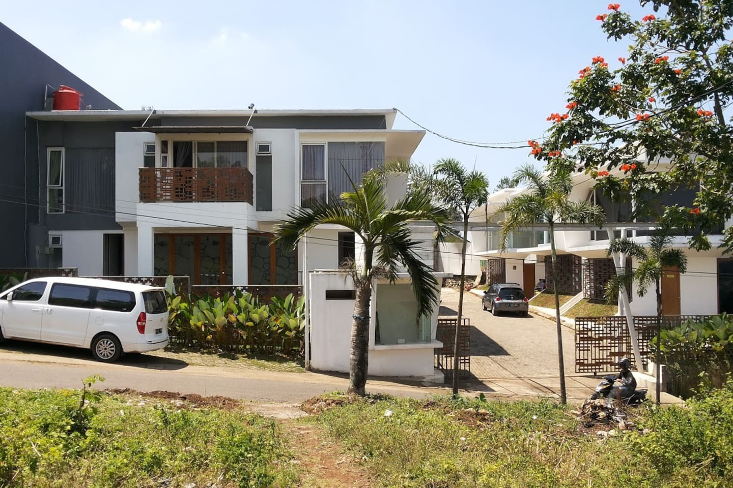 townhouse awiligar