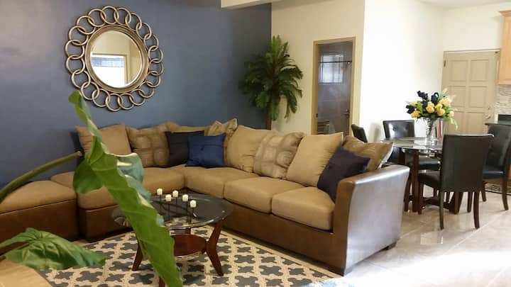 Comfy & Chic Condo In Tumon