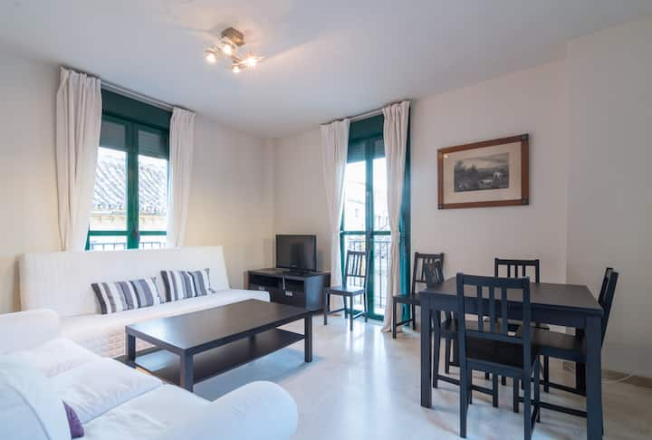 Penthouse with Terrace Old Town .   Parking  free