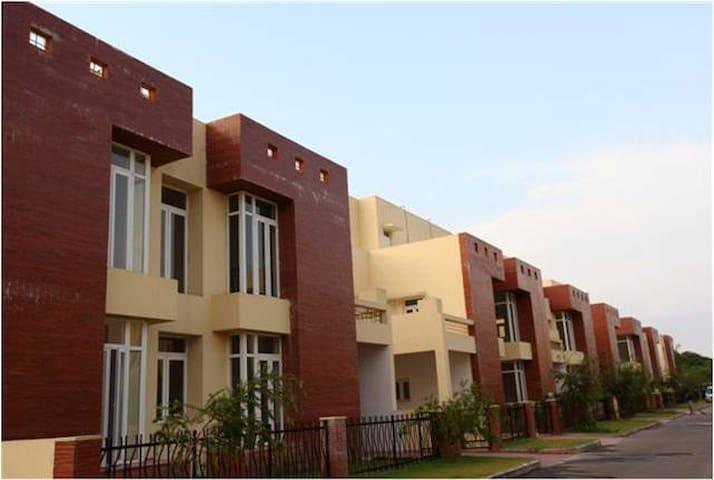 Experience the hospitality. - Kolkata - Villa