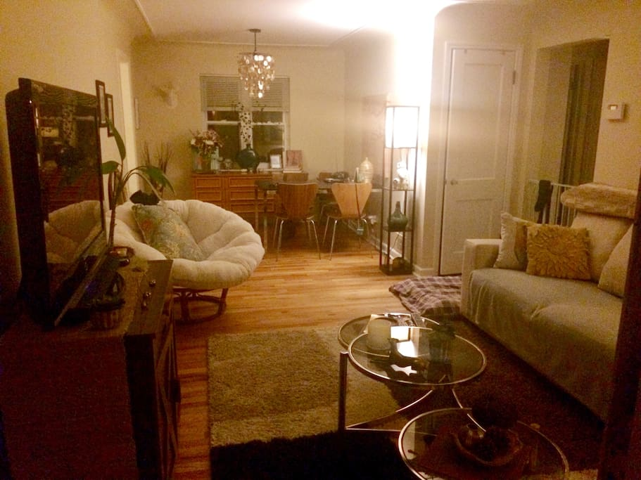 Living/dining room (new pics coming soon - remodeling)