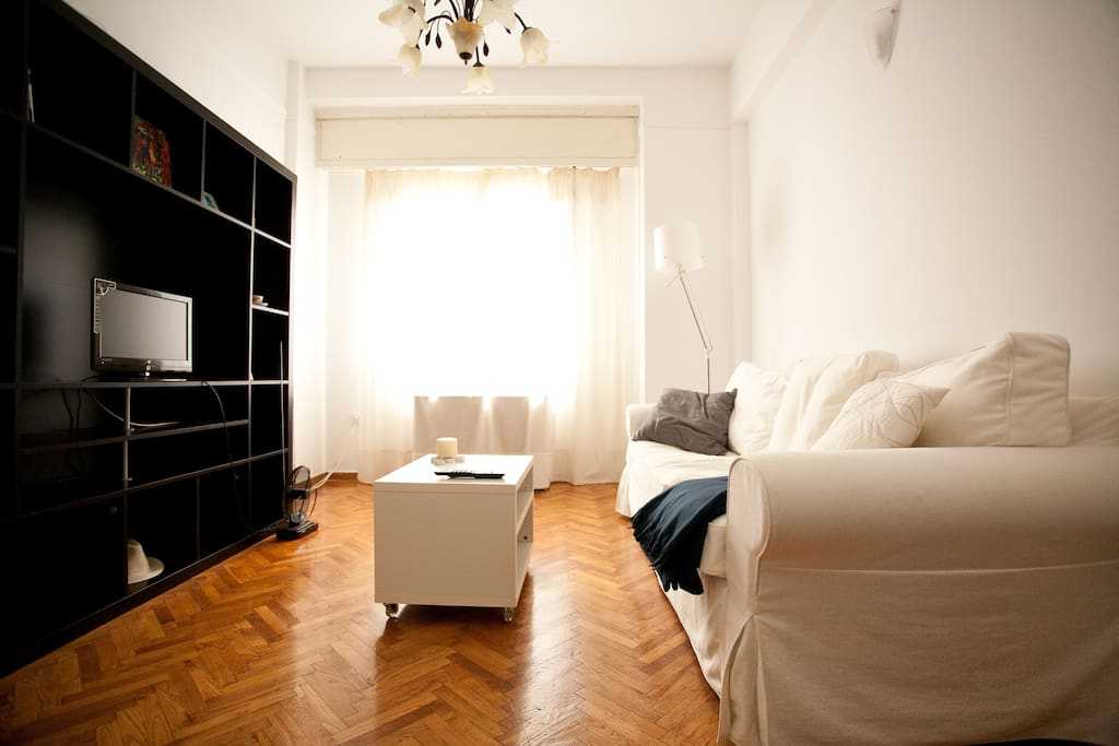 Named best athens airbnb apartment apartments for rent for Airbnb apartments