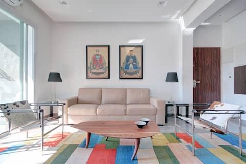 Sunny luxury apartment @city center