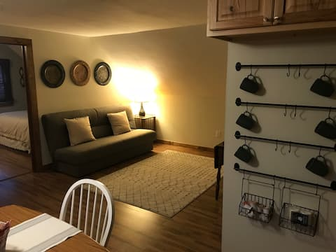 Butternut Suite-Private apt 2.5 miles from Colgate