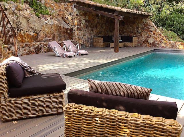 Hillside Villa with Stunning View - Mandelieu-La Napoule - บ้าน