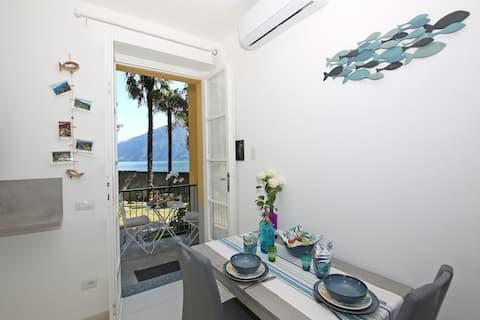 Lake shore apartment, beach, garden, parking
