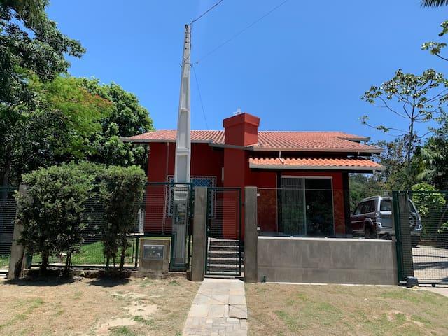 Casa de Praia Aconchegante Family House