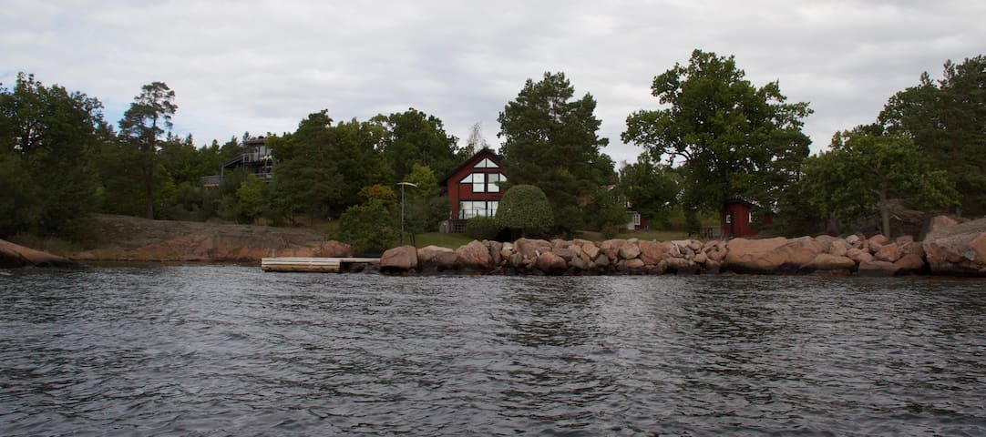 Vacation home in outstanding location by the sea - Oskarshamn S - Huis