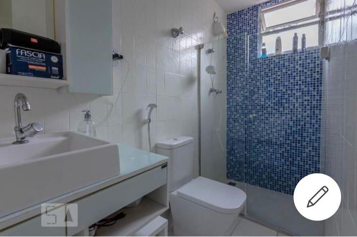 Excelente Apartamento 4 quartos Av Bandeirantes