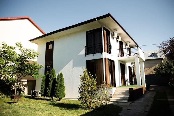 vila tbilisi