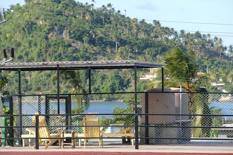 Las Palmeras+Terraza con vista al mar +WIFI free