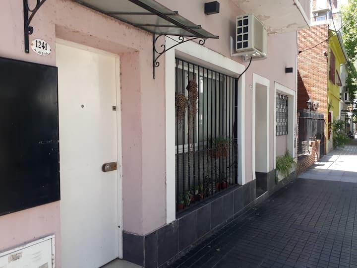 PH en hermosa zona residencial Vicente López.