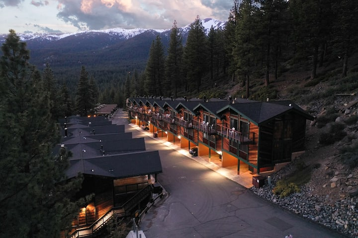 Tahoe Chaparral 2BR/2BA Lake Condo @ Diamond Peak