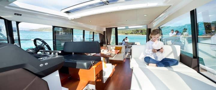 NC14 Luxury Yacht on Ha Long bay - 2 bedrooms