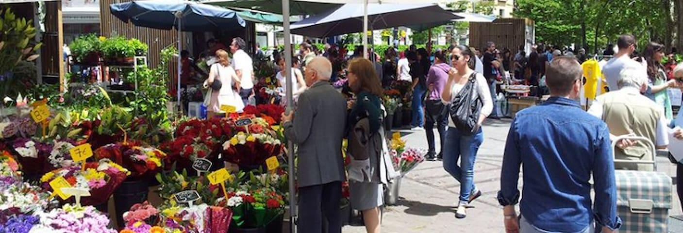 Mercado de Flores de la Plaza de Tirso de Molina