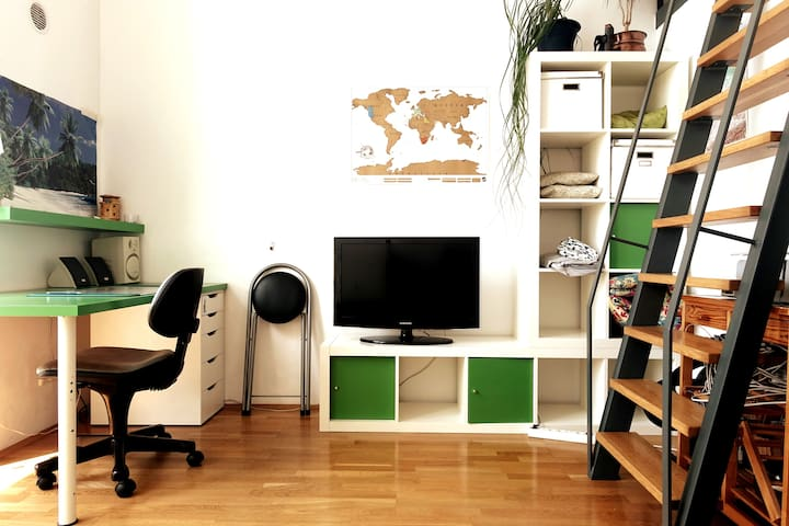 ★ CUTE AND BRIGHT MAISONETTE IN CENTRAL LOCATION ★