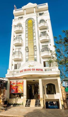 NHÃ TRANG CR HOTEL
