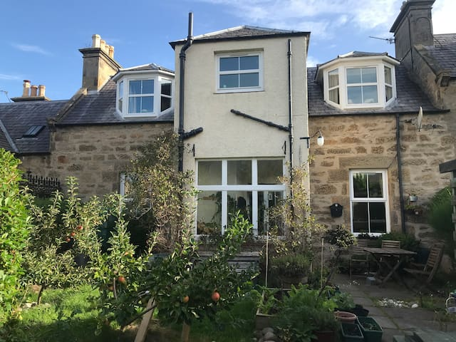 Cosy family home, Forres