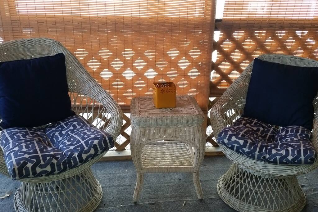 More seating on screened-in porch
