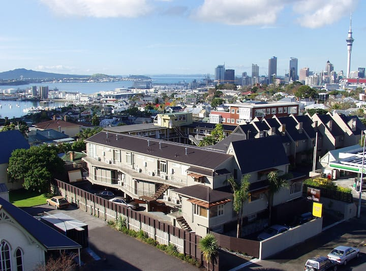 Auckland Serviced Studio Apartment