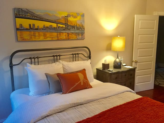 Business Travelers Rooms, WIFI  Free Parking