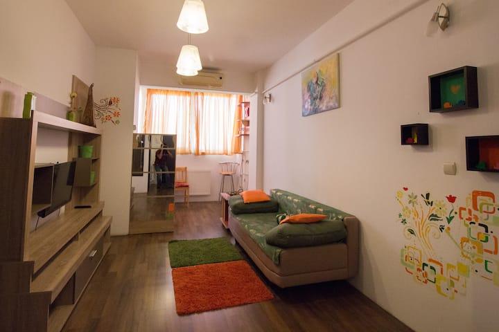 Intim Studio