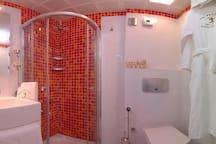 Inga Room Pink Dreams Bathroom
