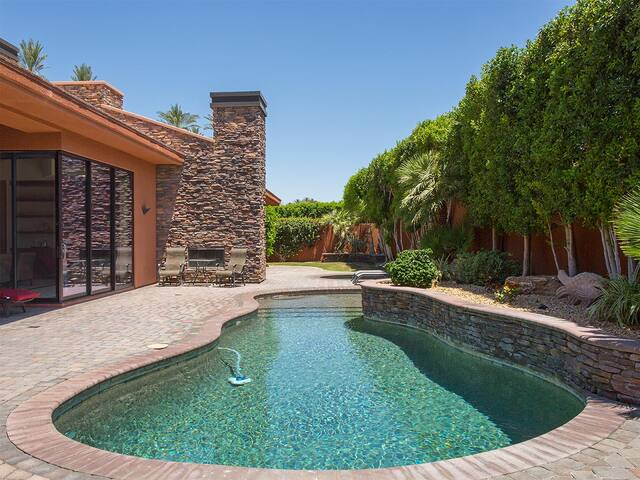 La Quinta Luxury Sunset Retreat