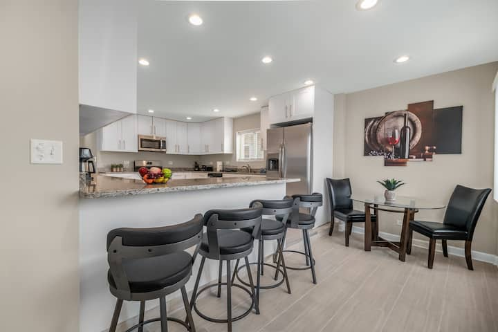 Summit FHS Rental  - Midway Airport
