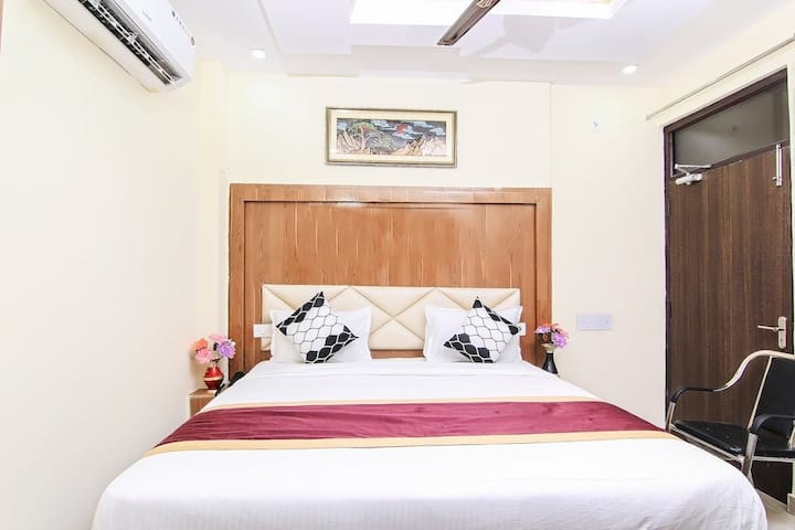Hotel Khalsa Inn By Keymagics - Deluxe Room