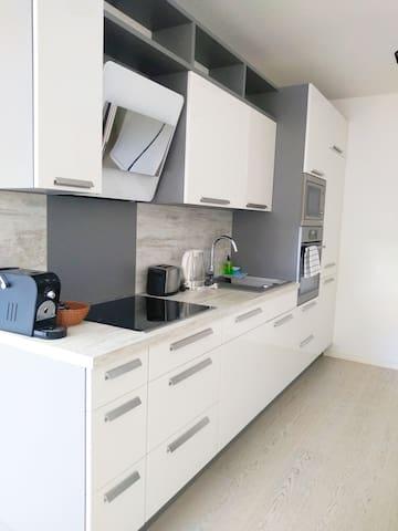 Apartment with Balcony 2.13