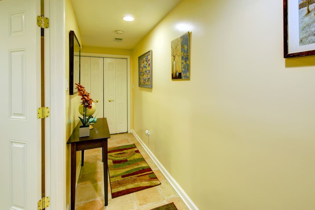 Hallway, leading to living room, kitchen and bathroom.