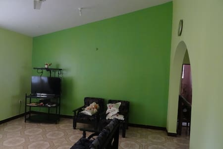 Cosy 2BR Sleep 5 House - South Goa - Hus