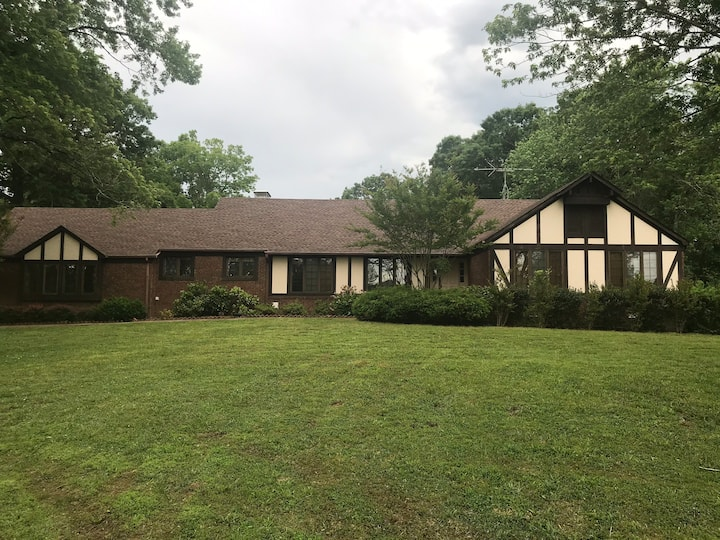 Home on 47 Acres Near Kentucky Lake and TN River
