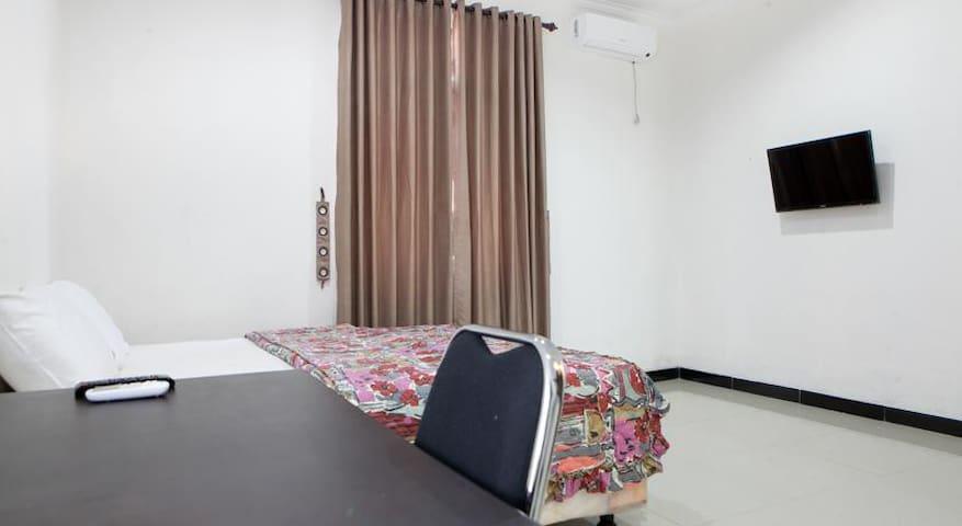 Saloka Guest House - Cimahi - Apartment