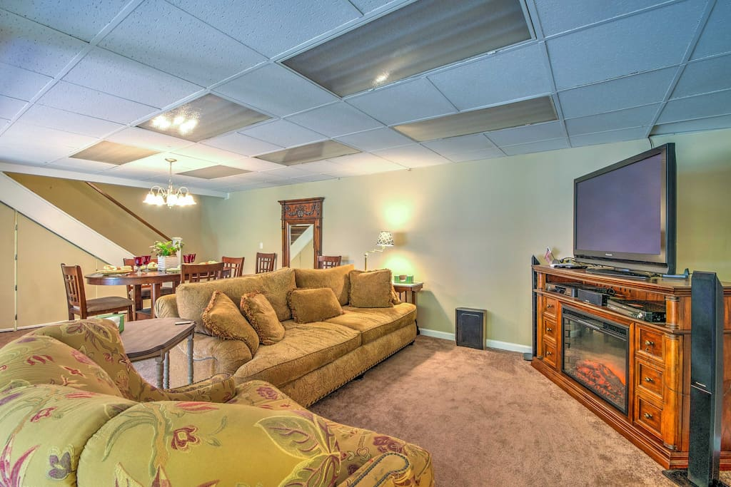 This basement unit is fully functional with all the necessities!